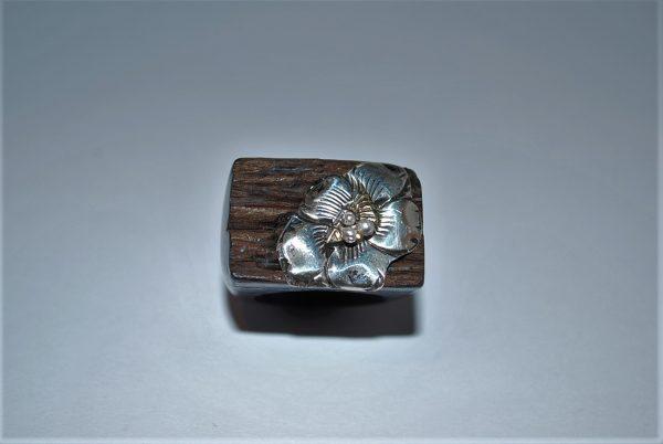 Ibenholt ring med guld og sølv