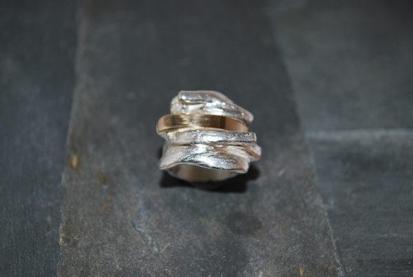 finsølv ring med guld bånd